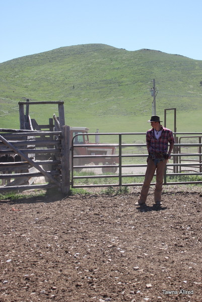 cowboy-pose