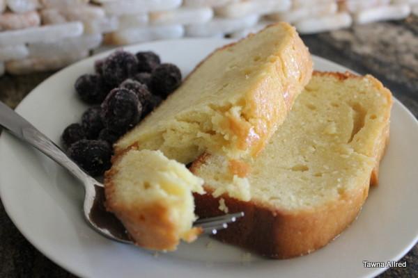 martha-stewart-pound-cake