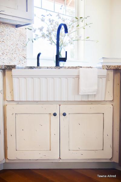 apron-sink