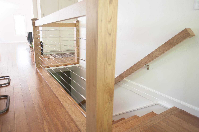 sugar-loaf-wyoming-wooden-stair-railing-design